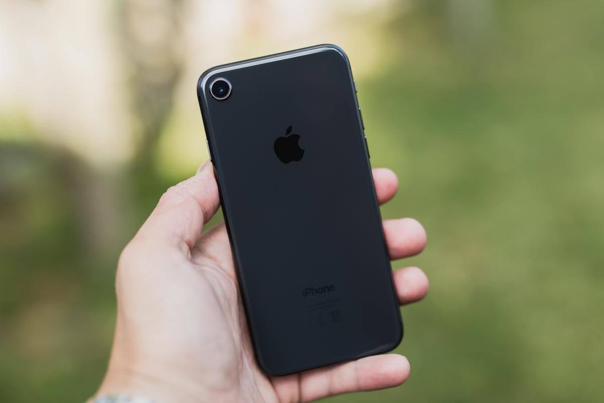 【新型iPhoneSEの特徴】外装はiPhone8をベース