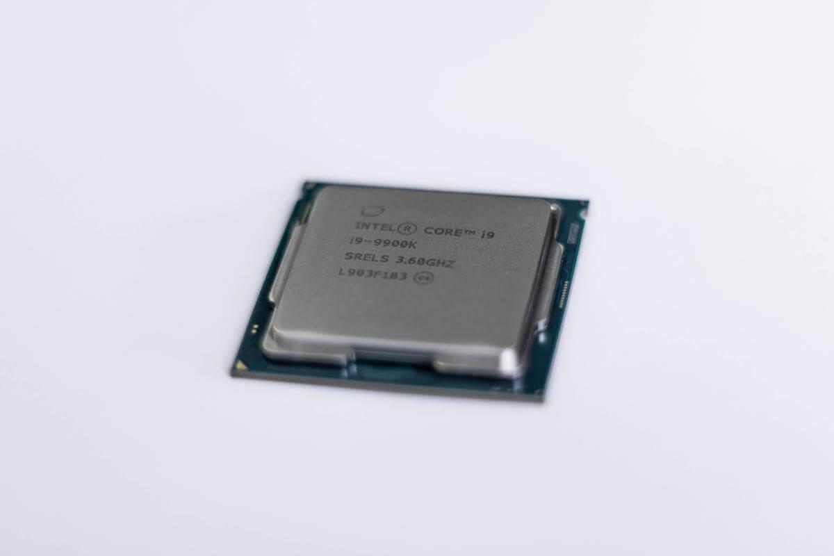 【 新型MacBook Pro 13のグレードの違い 】CPU