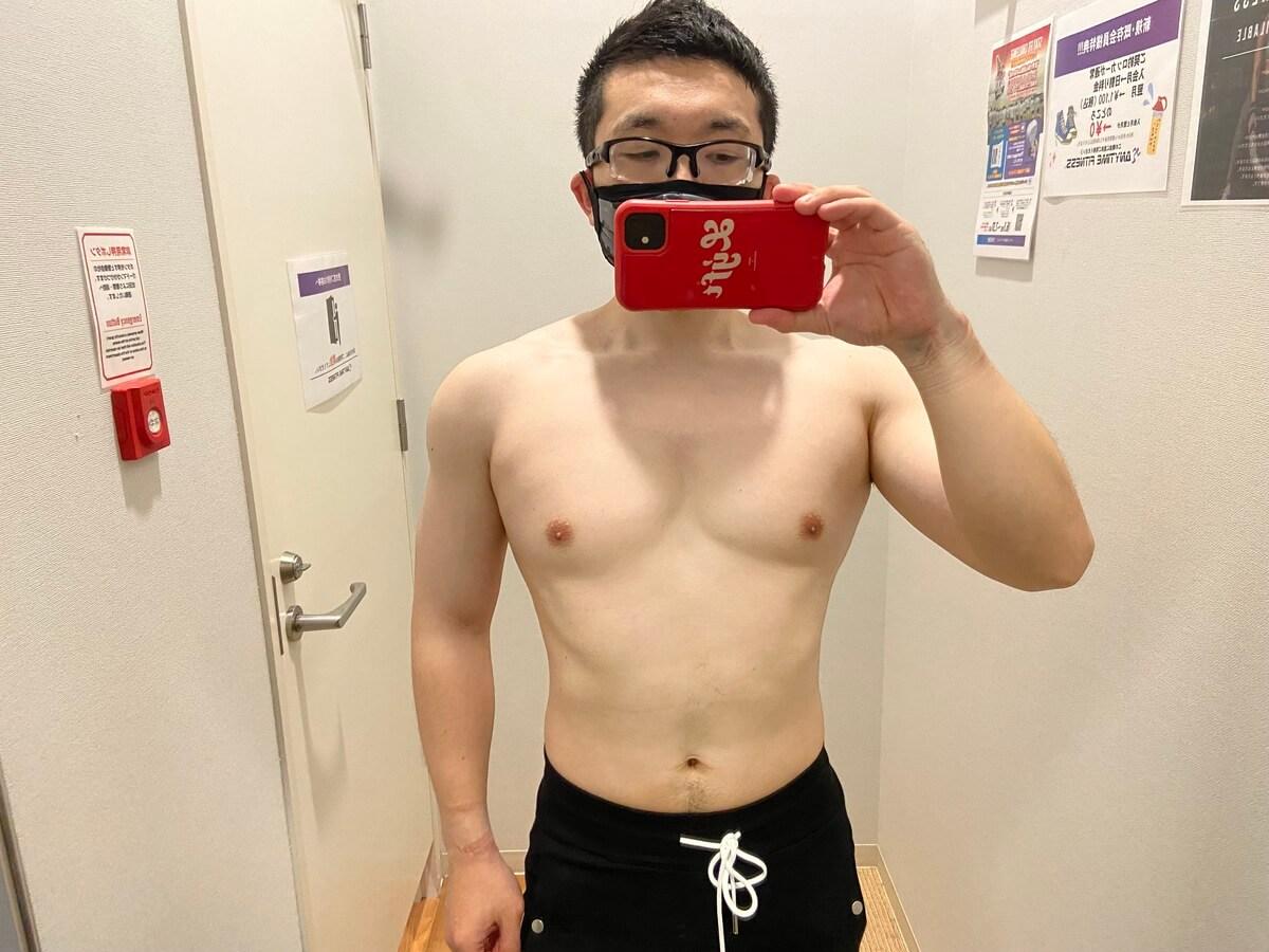 HIITダイエット開始前の体型写真正面