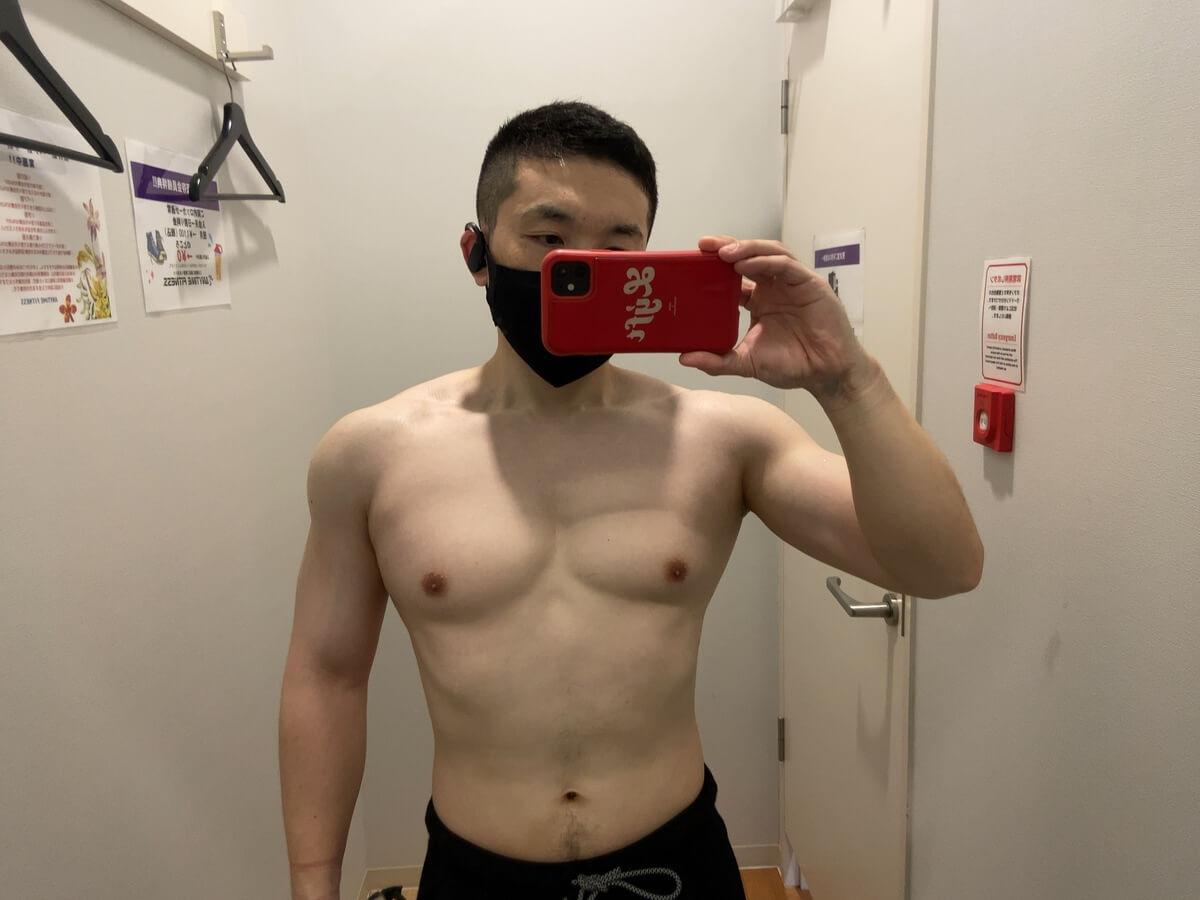 HIITダイエット2週目の体型写真正面