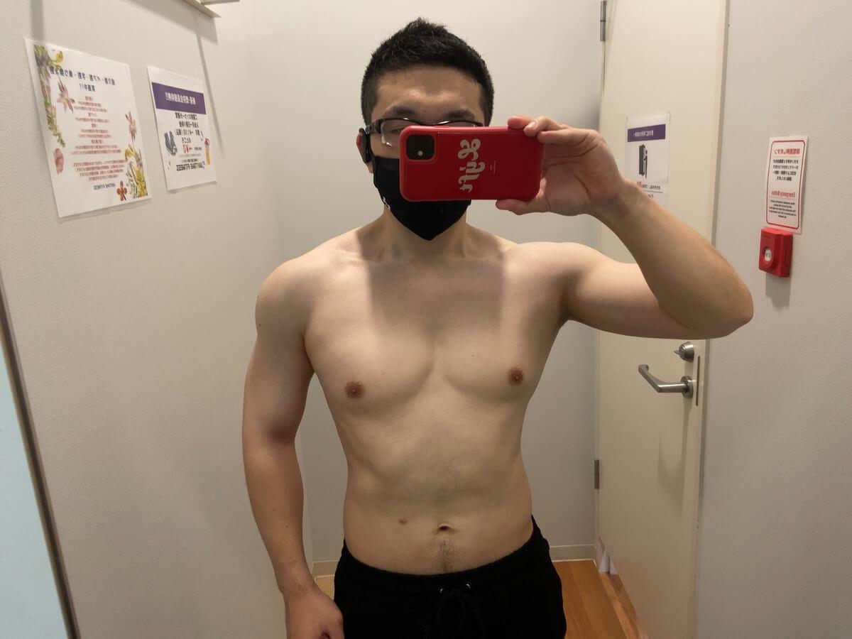 HIITダイエット3週目の体型写真正面