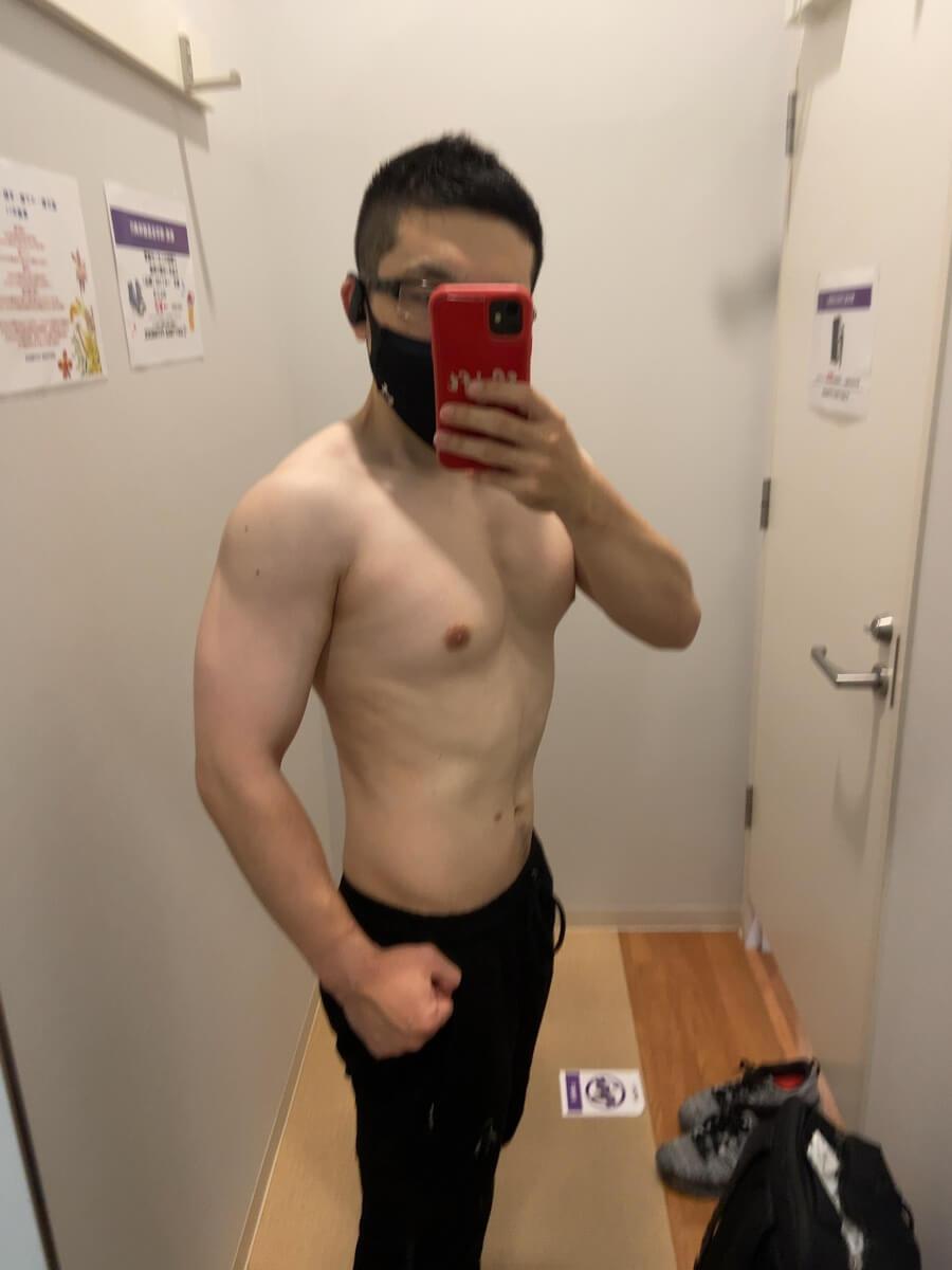 HIITダイエット3週目の体型写真側面