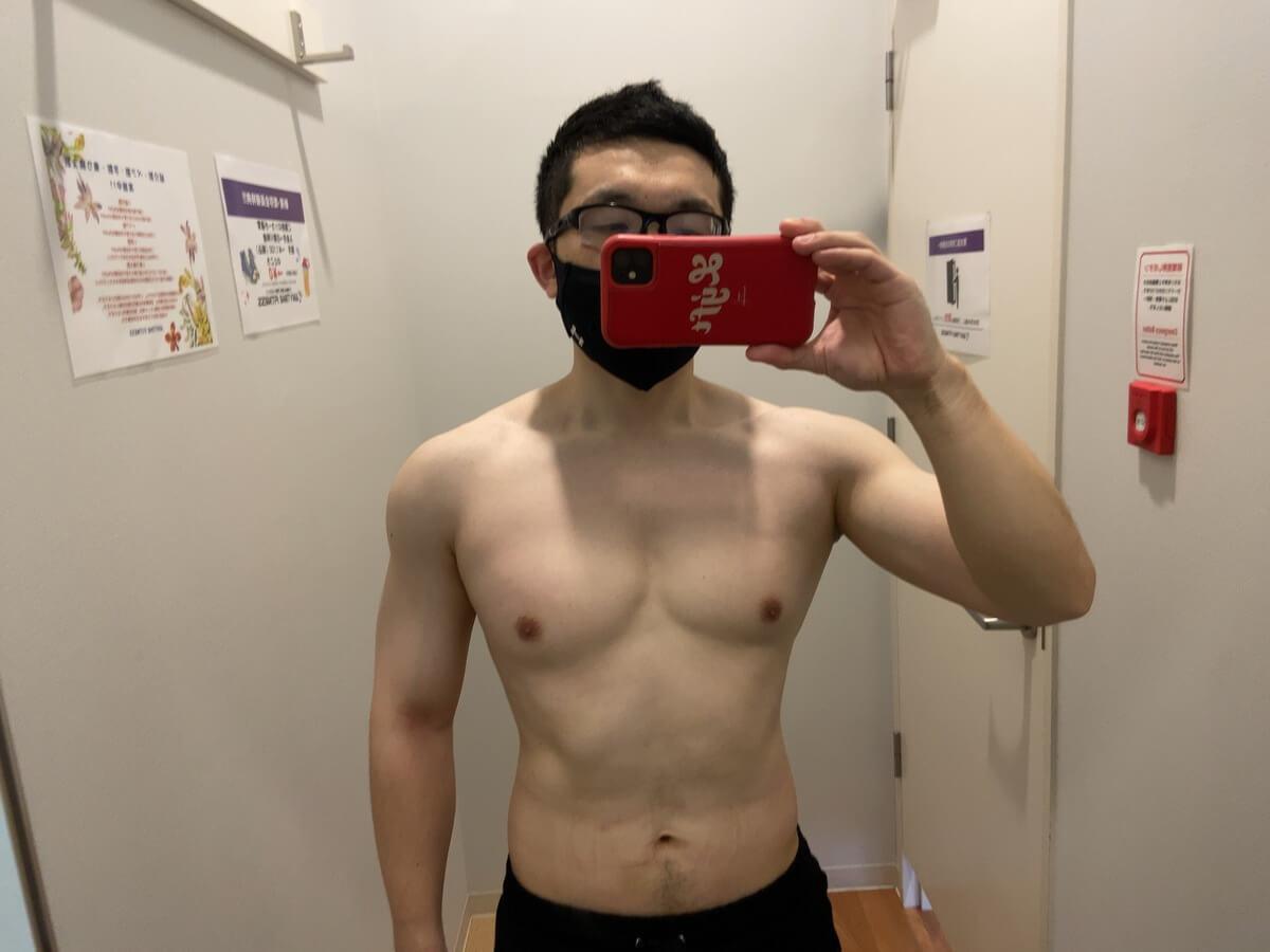 HIITダイエット5週目の体型写真正面