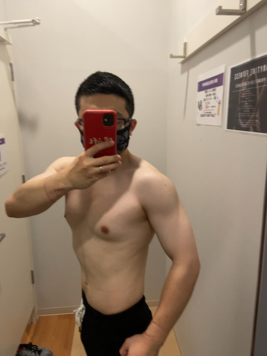 HIITダイエット8週目の体型写真側面