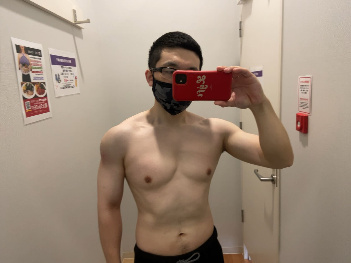 HIITダイエット10週目の体型写真正面