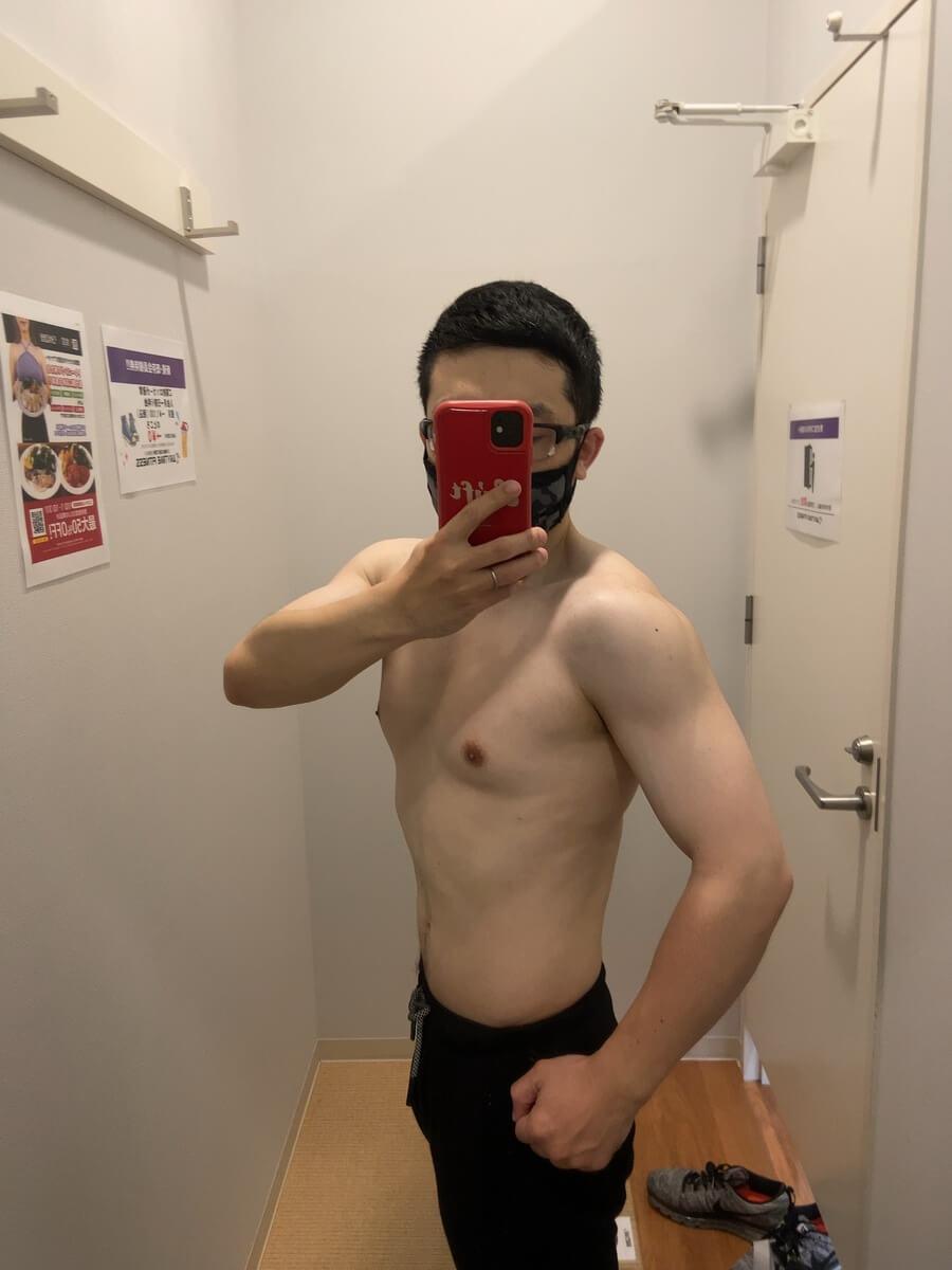 HIITダイエット10週目の体型写真側面