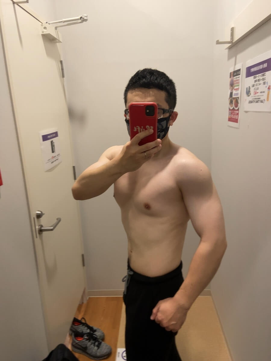 HIITダイエット9週目の体型写真側面